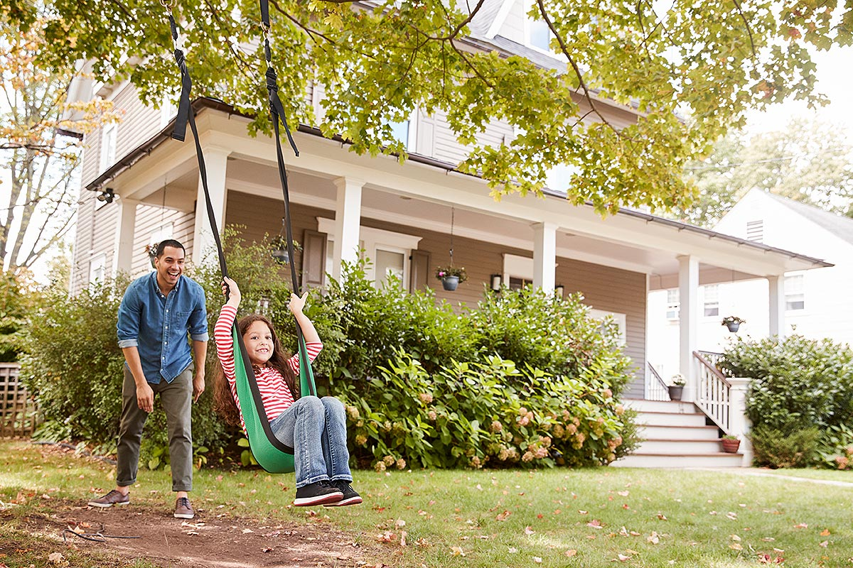 The Right Homeowners Insurance Can Be a Homesaver