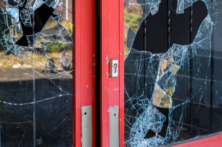 How to Reduce the Risk of Theft and Vandalism at Your Business